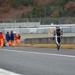 (0)トップチェッカー後表彰台へ向かう大島選手